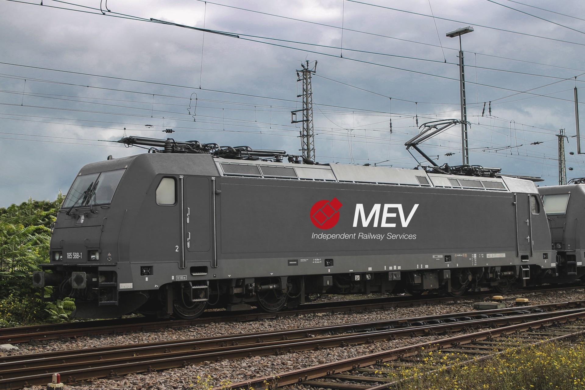 Kết quả hình ảnh cho Fahren Sie den Mev-Zug