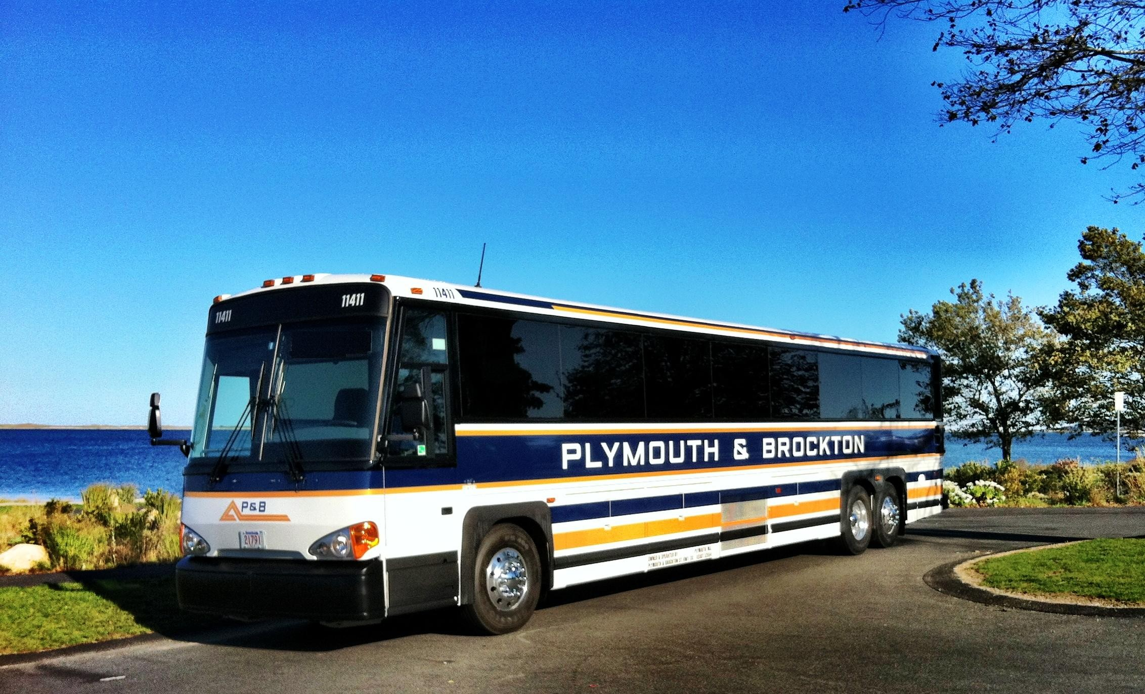plymouth and brockton bus hyannis