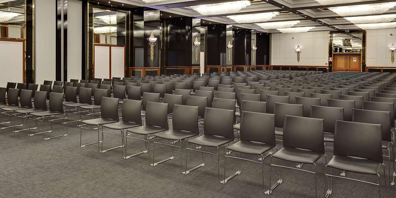 Sedie E Tavoli Manzano stf sedie | linkedin