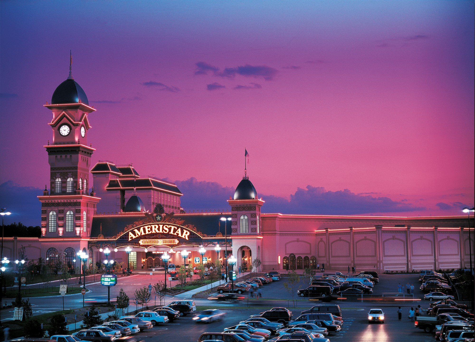 Casinos in kansas city kansas with hotel coyote moon casino game