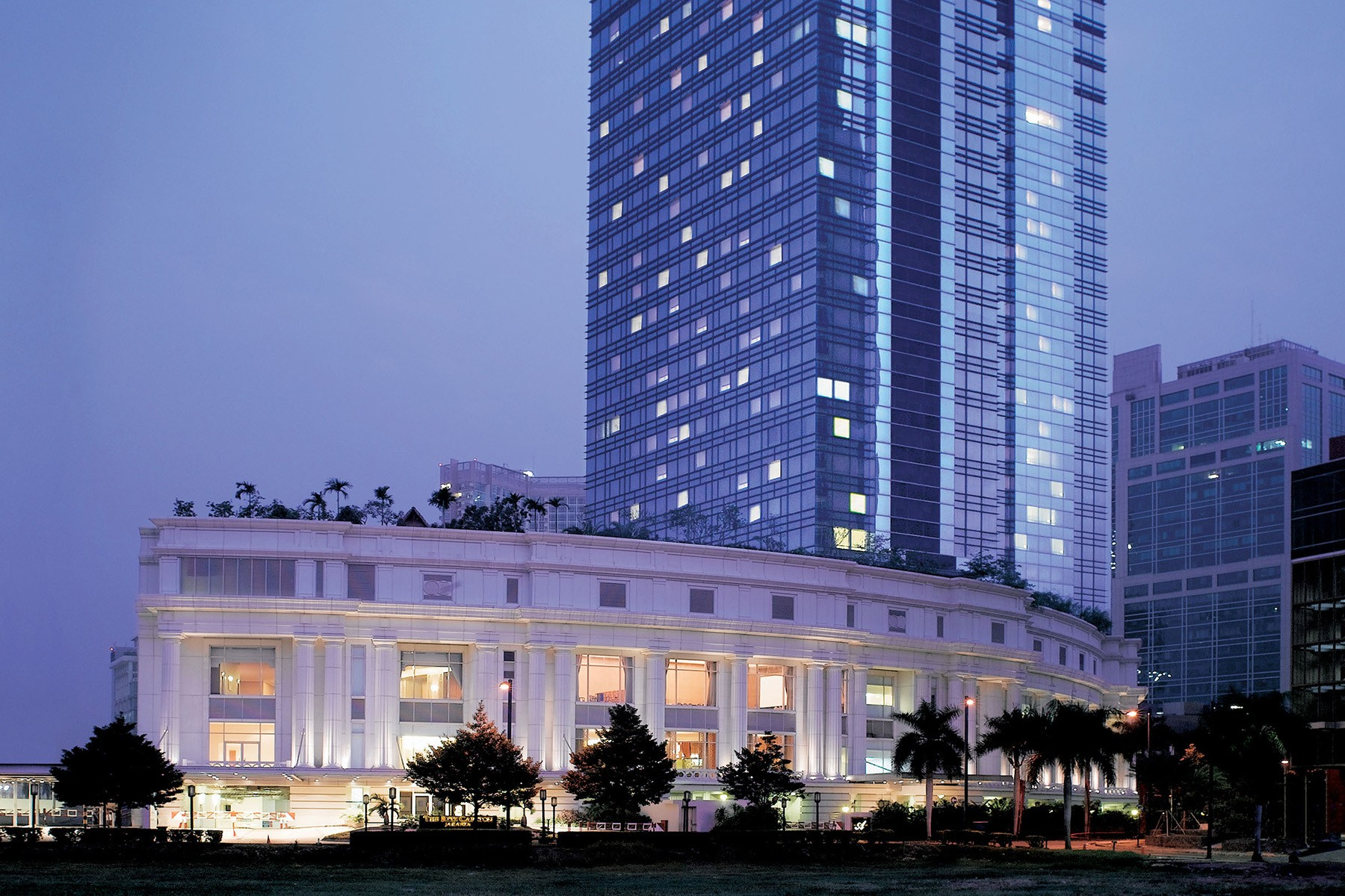 The Ritz Carlton Jakarta Mega Kuningan Linkedin