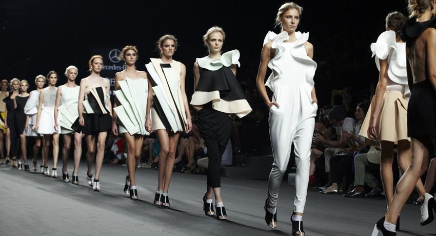 mercedes benz fashion week вакансии